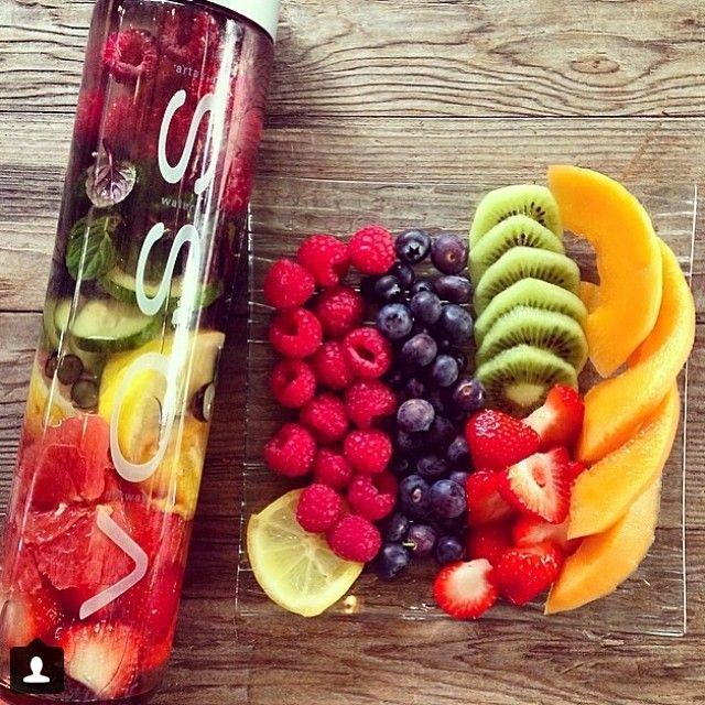 nước ép trái cây giải độc cơ thể