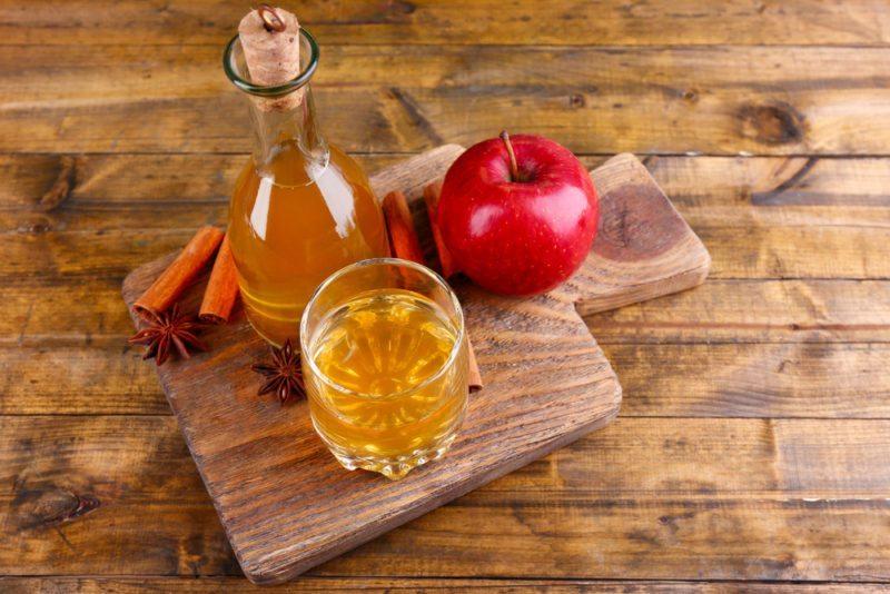 cách trị gàu bằng dấm táo
