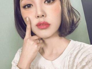 """Học 4 Beauty Blogger sau để """"bye bitch"""" lũ mụn đáng ghét"""