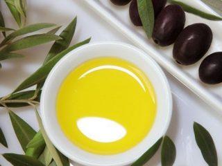 Cách trị gàu hiệu quả với 15 nguyên liệu ngay trong bếp nhà bạn