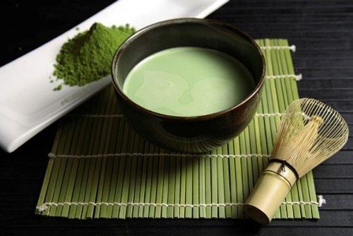 Trà xanh giúp dưỡng da căng bóng