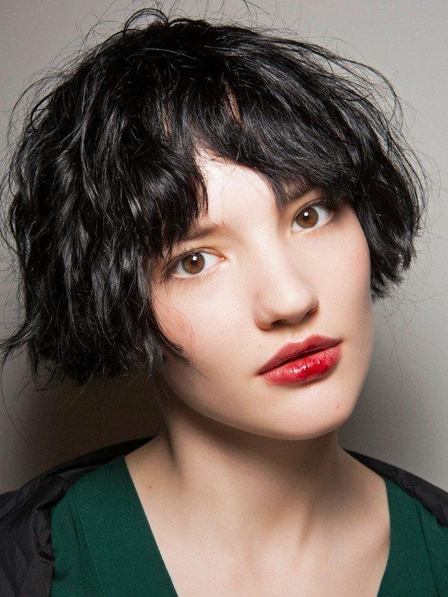 Top những kiểu tóc trẻ trung nhất cho nàng năm 2021