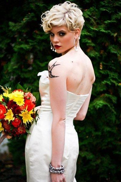kiểu tóc ngắn cho cô dâu