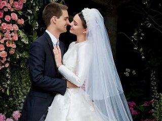 Hoá ra kiểu tóc đám cưới của Miranda Kerr chỉ mất 15 phút