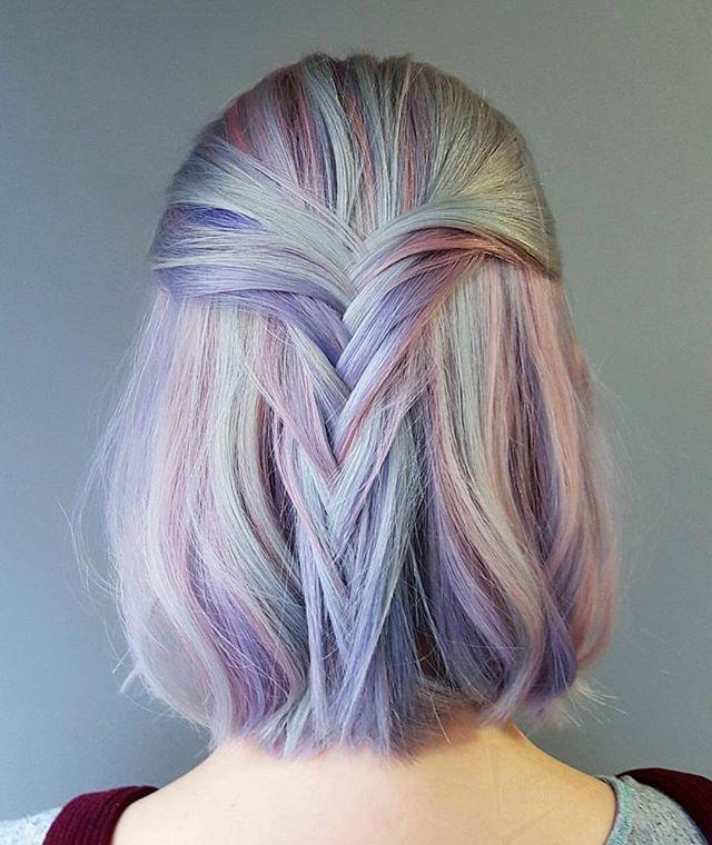 Tóc ngắn nhuộm tím pastel
