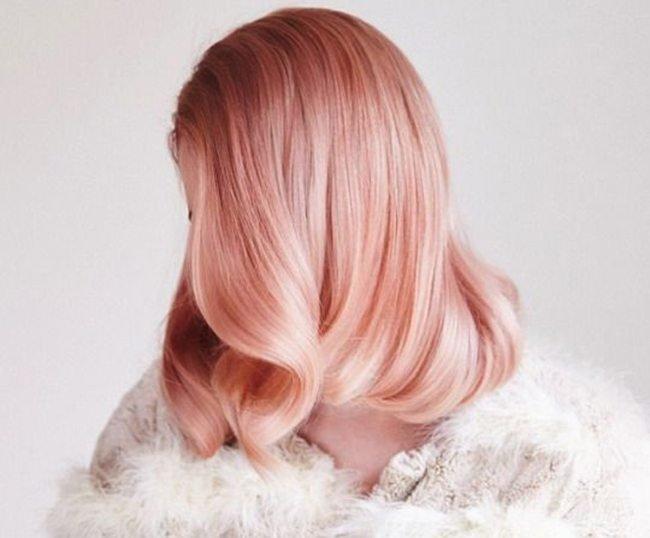 """30 """"sắc thái"""" tóc ngắn uốn cụp đi đâu cũng thấy mùa này"""