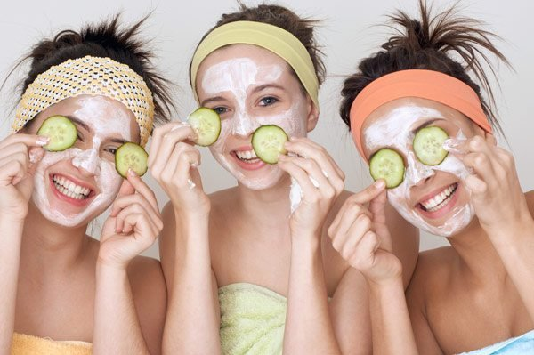 9 cách làm mặt nạ trắng da tự nhiên cực dễ