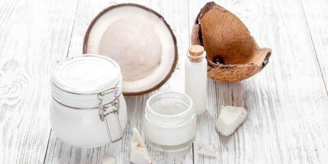 4+ cách dưỡng tóc bằng dầu dừa tại nhà cực hiệu quả