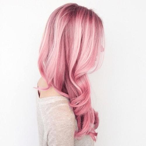 7 kiểu tóc dài ngang lưng đang được ưa chuộng nhất hiện nay