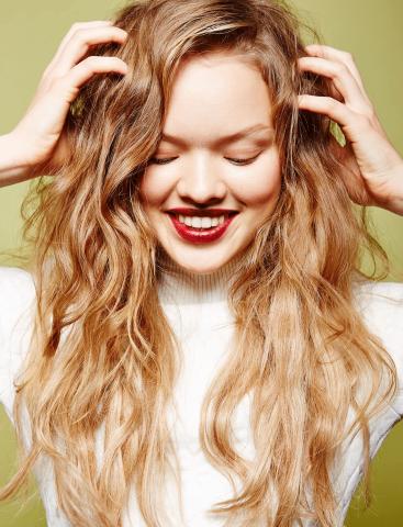 7 Tiêu chí chọn dầu gội dưỡng tóc cho từng loại tóc bạn cần biết