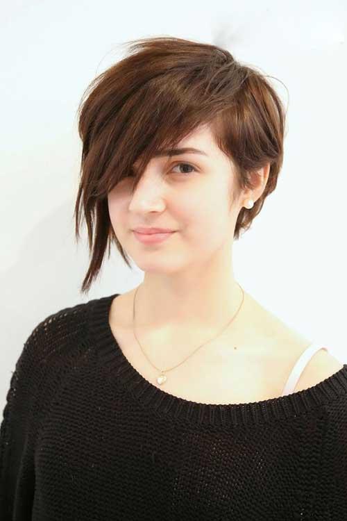 tóc ngắn cá tính mạnh