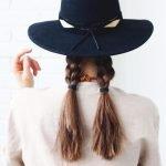 """4 kiểu tết tóc đẹp """"dễ như ăn kẹo"""" dành cho nàng công sở"""