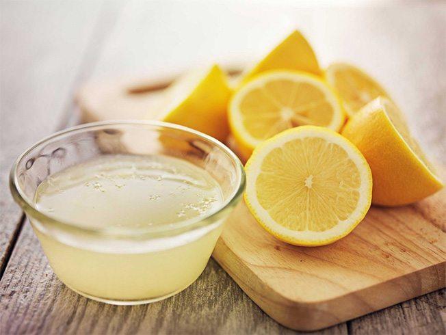 Nước chanh dưỡng trắng da toàn thân trong 1 tuần