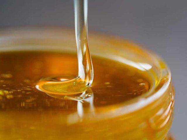 dưỡng ẩm da với mật ong