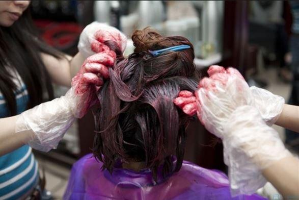 tác hại thuốc nhuộm tóc giả
