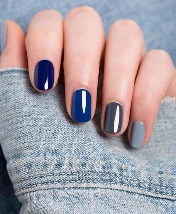 màu móng xanh navy