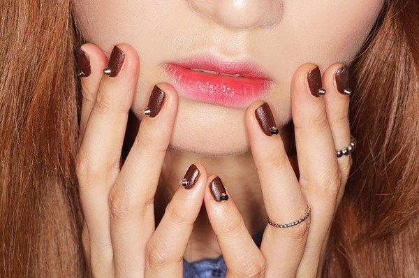 4 Mẹo làm môi hết thâm và mềm mịn hiệu quả cực nhanh được phái đẹp yêu thích!