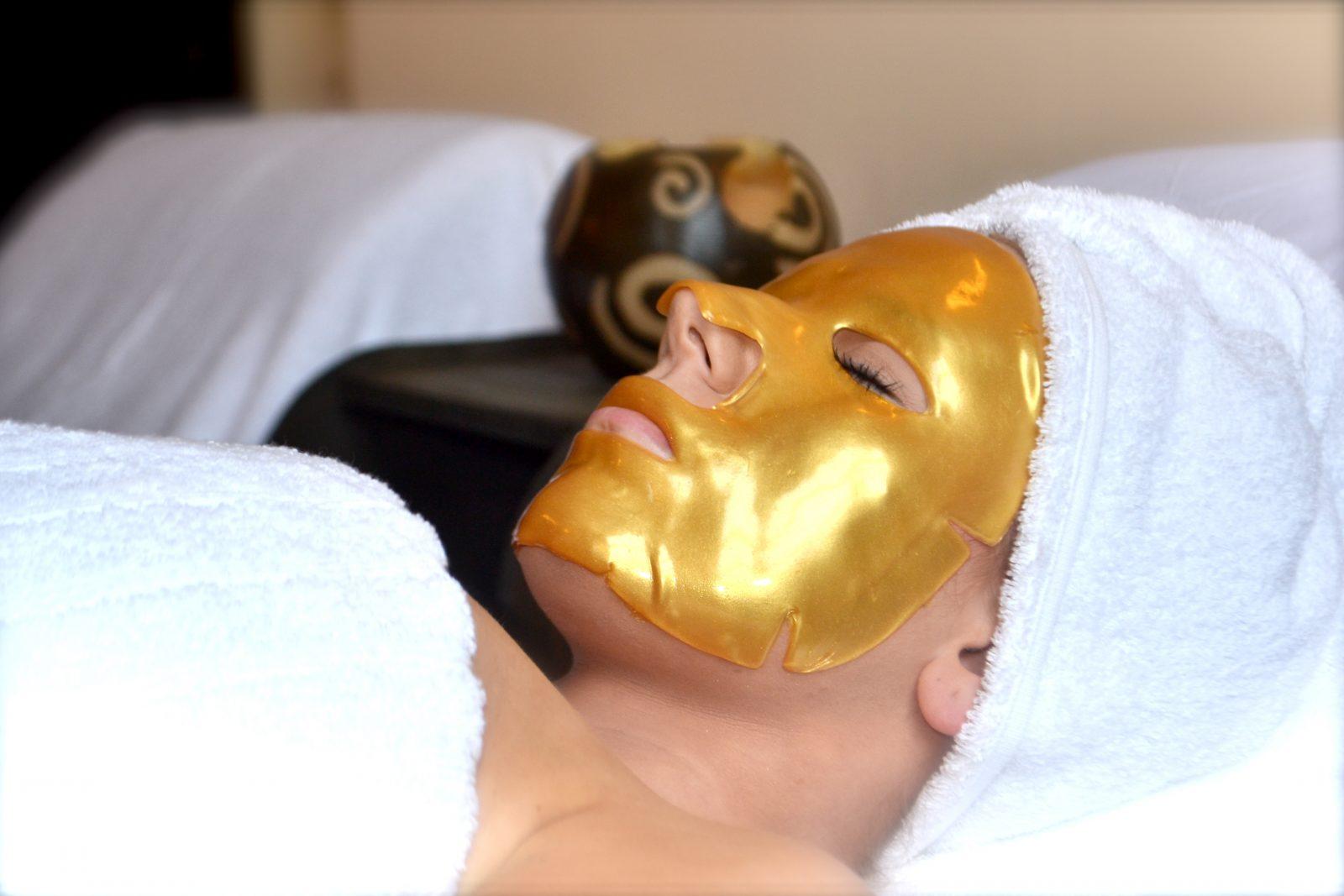 mặt nạ collagen mạ vàng