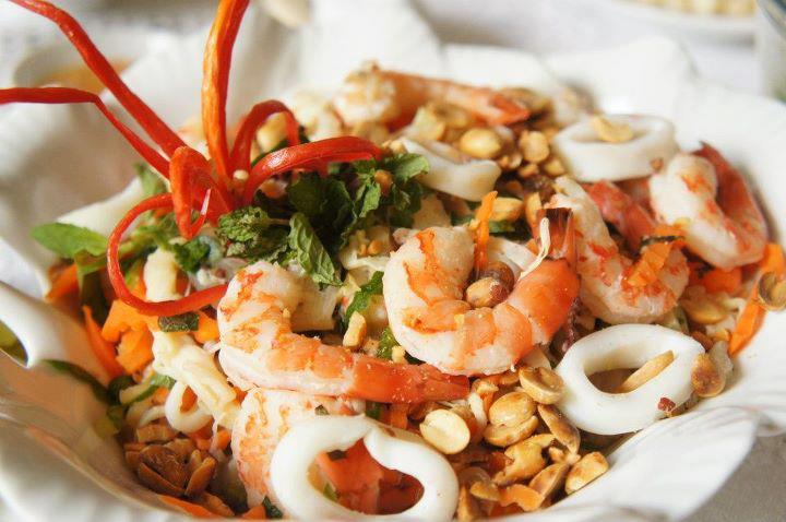 trị nám cần tránh ăn hải sản