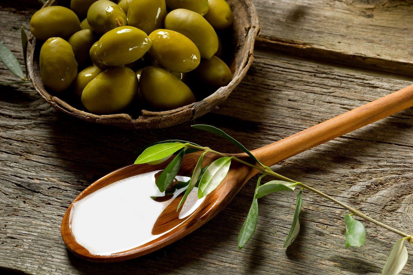 dầu olive là thực phẩm làm đẹp da
