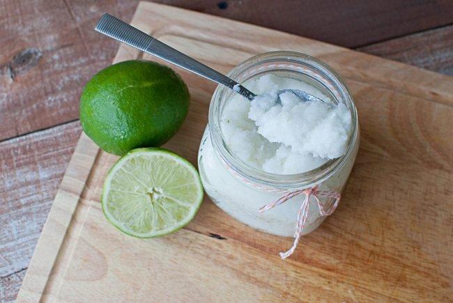 hỗn hợp muối đường chanh cho da mặt