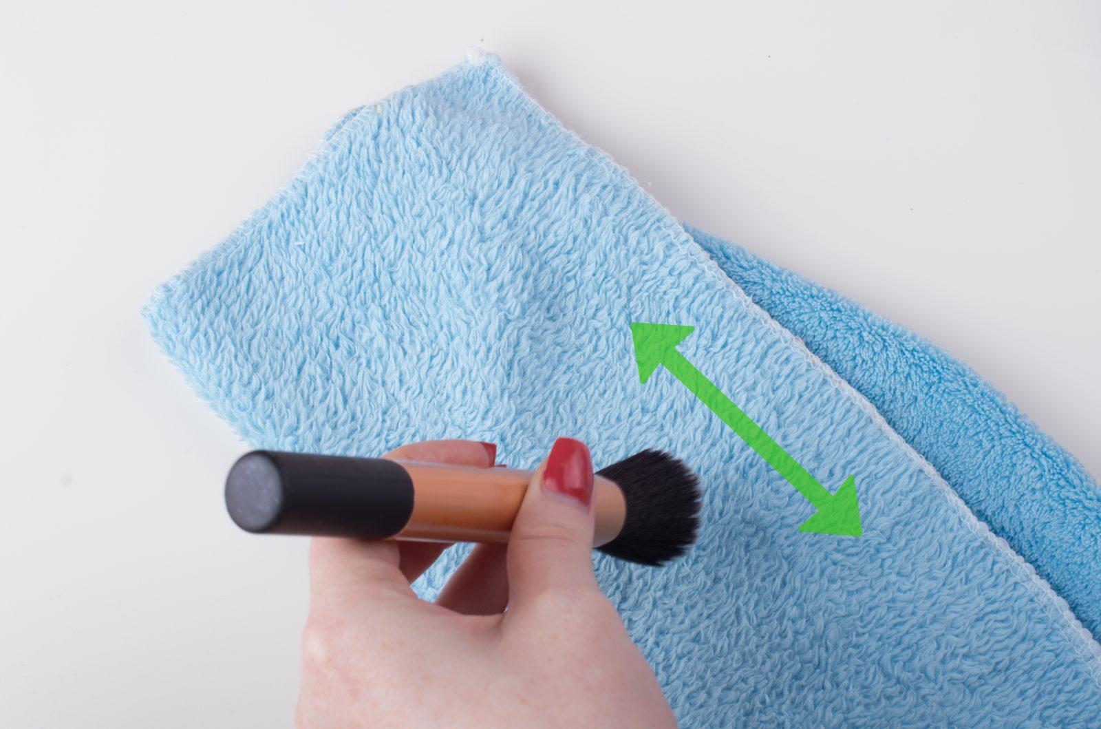 cách rửa cọ trang điểm đúng chuẩn