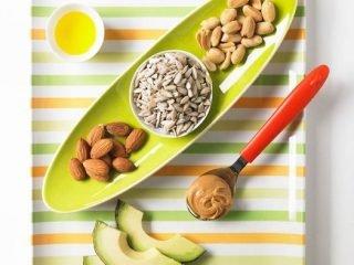 Nên ăn 9 thực phẩm này để trẻ hoá làn da từ bên trong