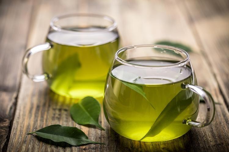 thực phẩm trẻ hóa da là trà xanh