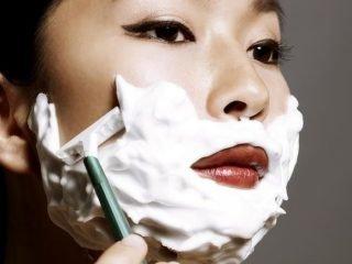 Vì sao phải tẩy lông mặt và các lưu ý cần biết