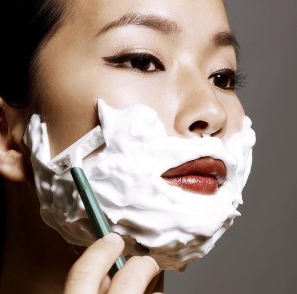 Có nên triệt lông mặt không? Phương pháp tẩy lông mặt hiệu quả