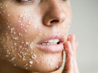 7 mẹo tẩy tế bào chết da mặt từ thiên nhiên dịu nhẹ, dễ làm