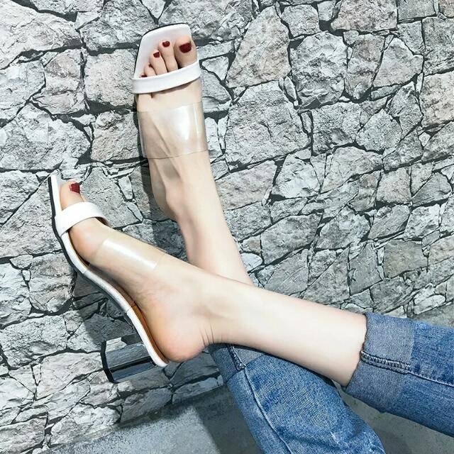 da bàn chân luôn mềm mại