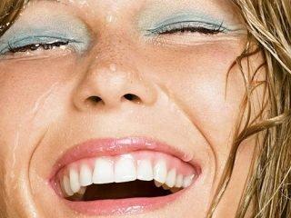 Cách chọn mỹ phẩm trang điểm chống nước cho những ngày mưa