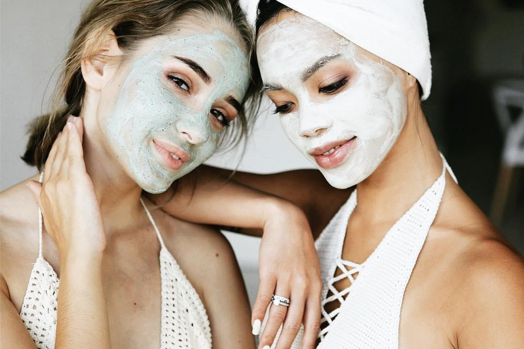 cách kiềm dầu cho da mặt