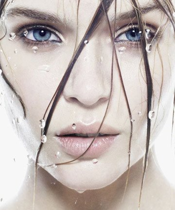 Nhược điểm của nước tẩy trang cho da dầu mụn