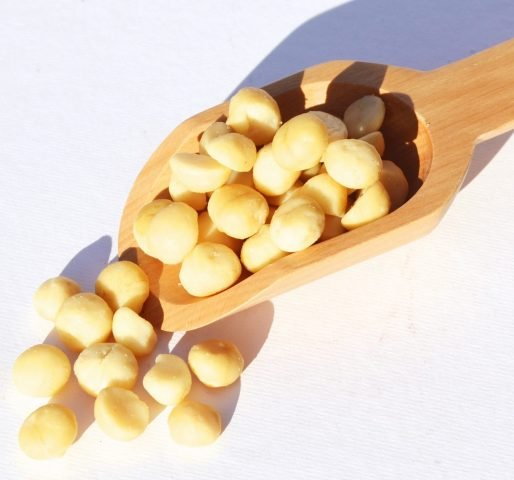 """Tác dụng """"thần diệu"""" của tinh dầu dưỡng tóc Macadamia"""