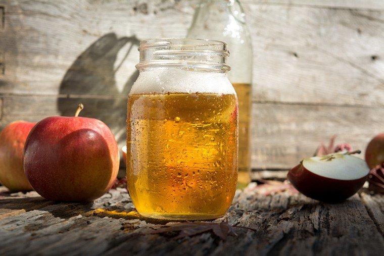 cách trị rụng tóc, chống rụng tóc tại nhà giấm táo
