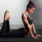 """4 Bài tập yoga """"thổi căng"""" vòng 3 siêu nhanh!"""