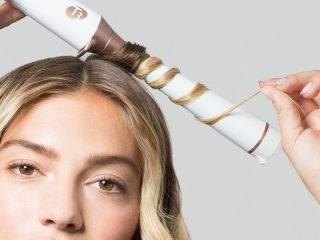 """4 Kiểu tóc uốn cúp đuôi giúp """"hack tuổi"""" siêu vi diệu"""