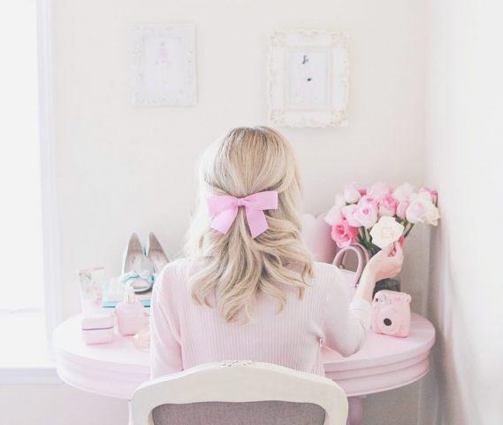 """Bí quyết nhận biết và 6 cách chăm sóc tóc hư tổn hiệu quả """"tại gia"""""""