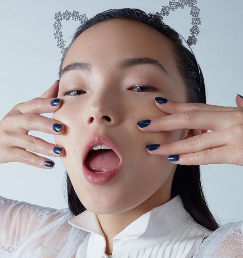 Có ngay bộ nail đẹp với 5 bước sơn móng tại nhà nàng nào cũng cần biết!