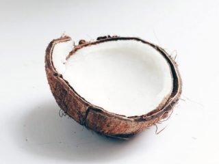 Lại thêm 1 công dụng mới của dầu dừa: Trị rụng tóc!