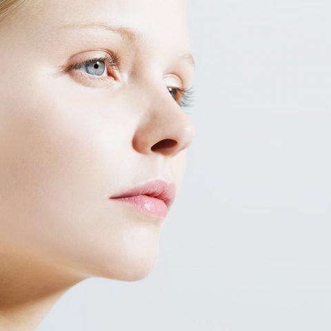Căng da mặt bằng chỉ là gì? Có bao nhiêu loại chỉ căng da mặt?