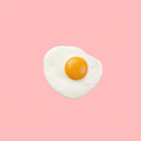 Làm mặt nạ trắng da cấp tốc chỉ với một quả trứng gà