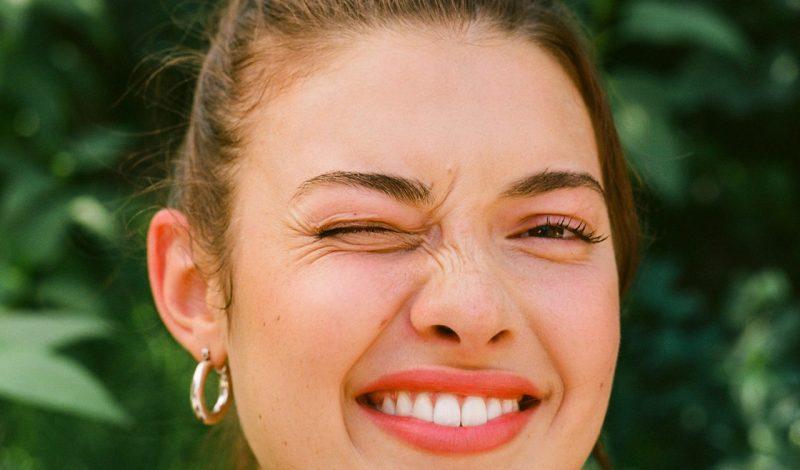 """""""Nằm lòng"""" 9 lưu ý này sau khi sử dụng sản phẩm tẩy trắng răng"""
