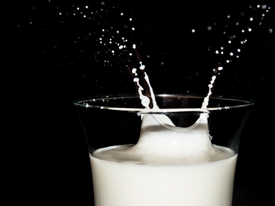 tẩy tế bào chết bằng sữa