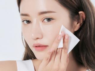 Bận rộn ăn Tết cũng không quên 3 cách chăm sóc da sau khi vi kim tế bào gốc sau