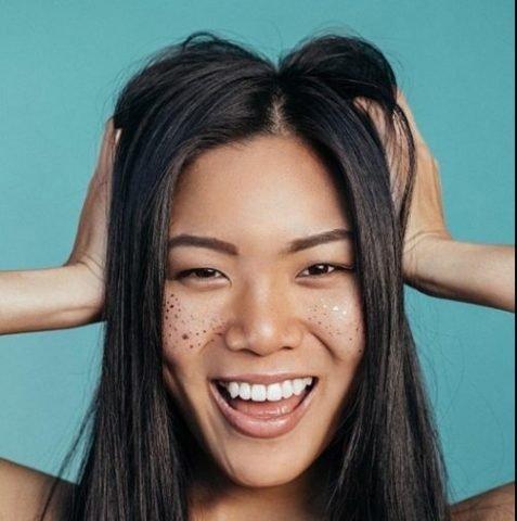 4 Cách trị gàu và rụng tóc cực đơn giản cho tóc tung bay, không tung gàu
