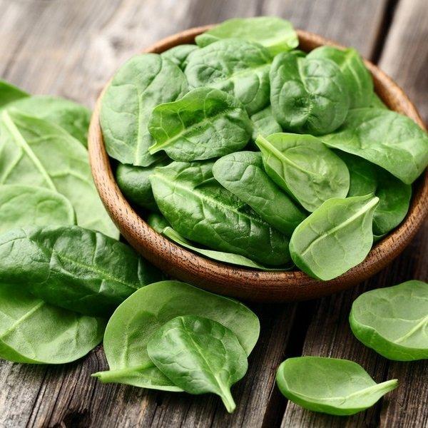 rau chân vịt là thực phẩm giàu vitamin b1