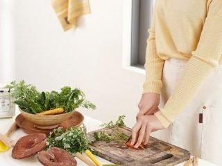 5 Mẹo tẩy lông chân bằng chế độ ăn uống cực đơn giản